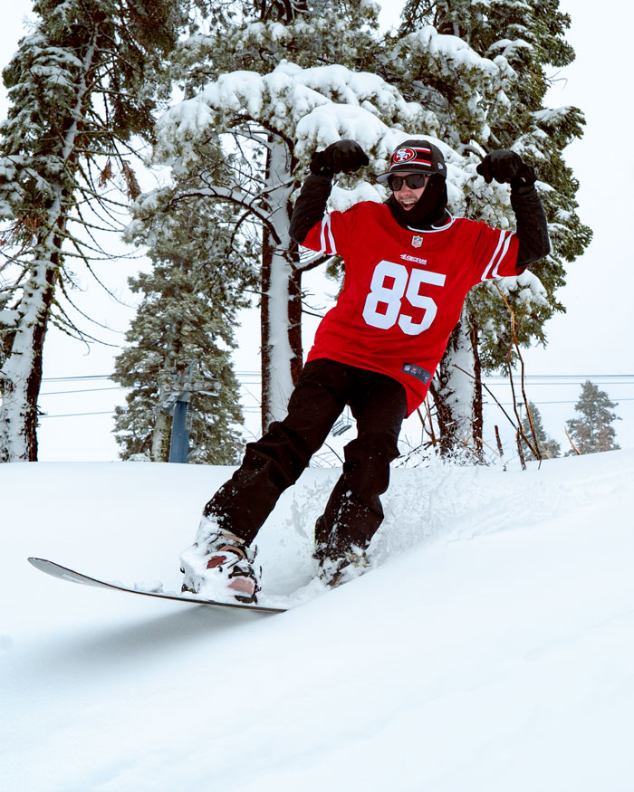 snowboarder in san francisco 49ers jersey