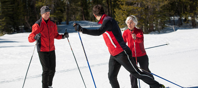 Cross Country Lessons - Royal Gorge Ski instructors with customers